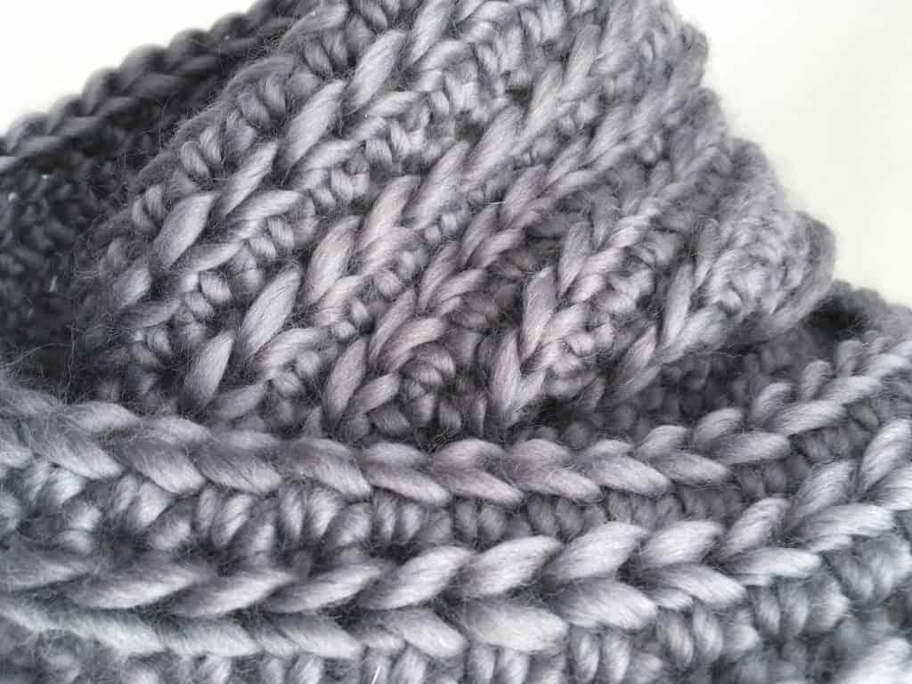 Grey crochet ribbed infinity scarf big stitches merino yarn chunky