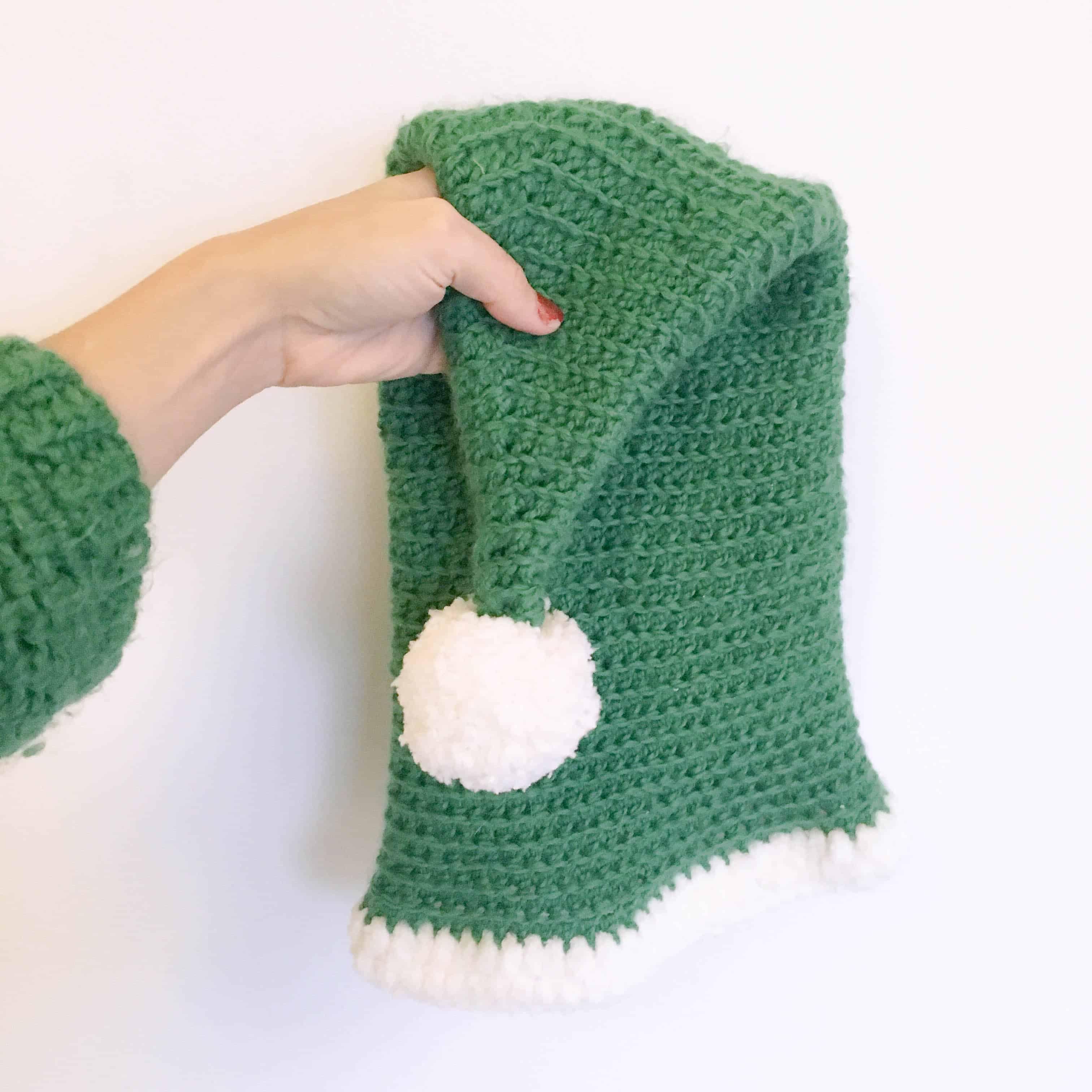 The season for Elf-Help (Free Crochet Elf Hat Pattern) - Dora Does